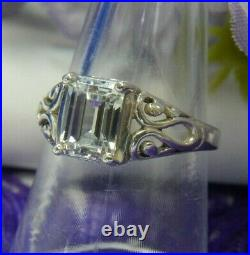 Cubic Zircona 8.5 x 7 mm estate 0.925 Sterling Silver Solitaire Ring size 7.75