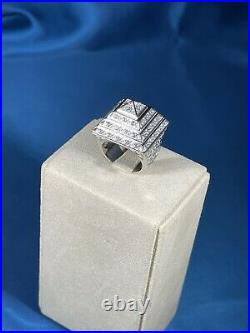 Pyramid Style 925 Sterling Silver Design Ring Gents Full Cubic Zirconia Stones